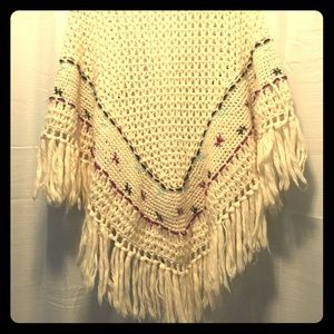 Vintage Ivory Knitted Shawl  OS